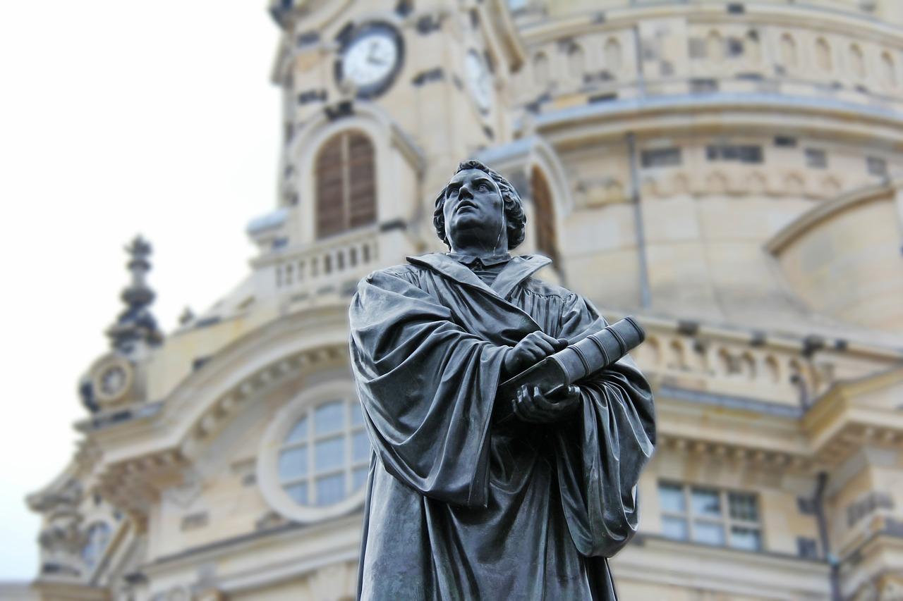 Beeld van Luther. Foto: CC0/Pixabay/Sharon Ang